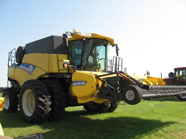 2012 New-Holland CR8090